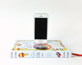 Wizard of Oz Anniversary Edition booksi for iPhone and iPod - Leather