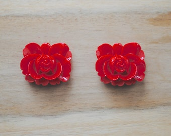 SALE -  Large Red Cabochon Resin Flower Charm - Set of 3-