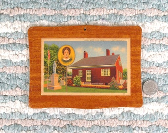 1940s Linen Postcard Wooden Plaque / Jennie Wade / Ginnie Wade House and Monument, Gettysburg, PA.