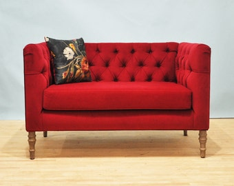 Loveseat - burgundy love