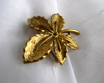 Golden Ivy Pin by Sarah Coventry 1968.  Matte Finish Option!