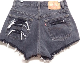 28 inch waist Levis Faded black LEVIS  Denim Shorts