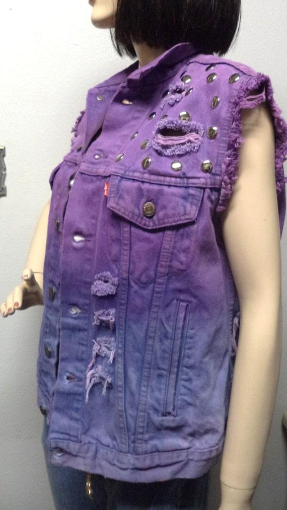 Vintage LEVIS Ombre  Hand  Dyed Denim Vest -Studded  ---Size  Large