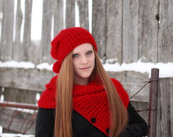 Winter Sale - Red Knitting Cowl - Red Neckwarmer  - Red Circle Scarf - Red Knitting Scarf - Winter Accessory,  ready to ship