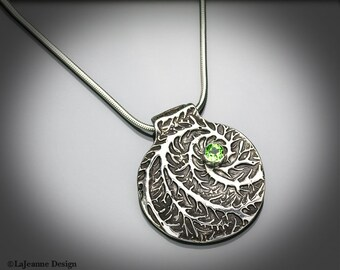 Perennial - Sterling Silver & Peridot Necklace
