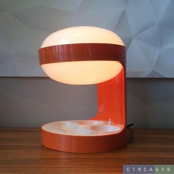 Lampada Da Tavolo Acrilica Joe Colombo : Kd lampada da tavolo di joe colombo per kartell