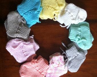 Newborn Baby Booties Set / Babyshower Gift / Newborn Baby Gift / Girl's Baby Booties - 3 pairs