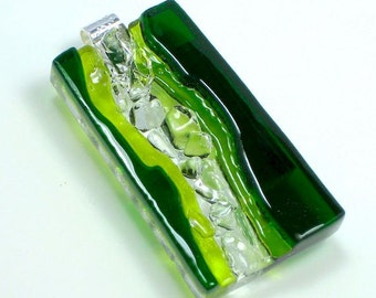 Art Glass Finely Dimensional Wearable Hand Sculptured Pendant Necklace Holiday Greens Artist Signed