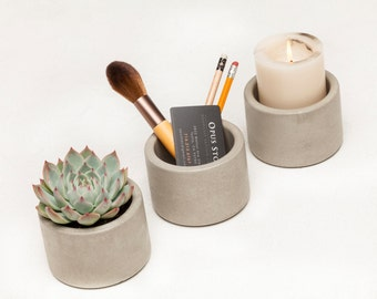 Concrete Planters, Set of 3 in Natural Grey