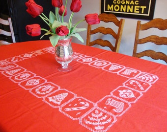 Red Tablecloth Holiday Table Linens Vintage Christmas Embroidery