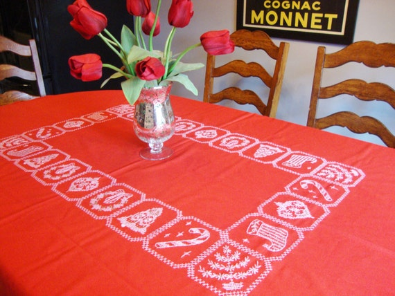 Red Tablecloth Holiday Table Linens Vintage Christmas