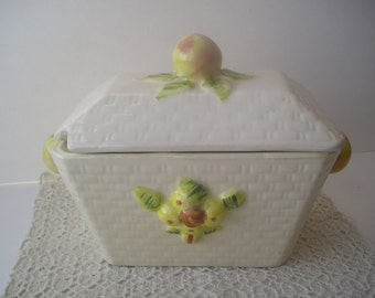 Soup Tureen White with Peaches Ceramic Basket Weave Rectangle