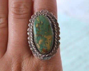Navajo Turquoise Ring - Size 6.25