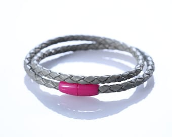 "Leather woven Bracelet ""Grey Pastell"""