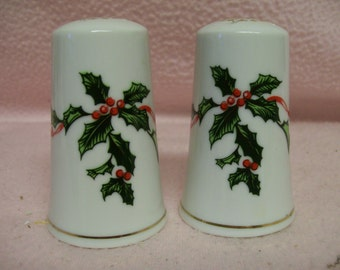 Holly Salt Pepper Shakers by Lefton Vintage 1960s Christmas