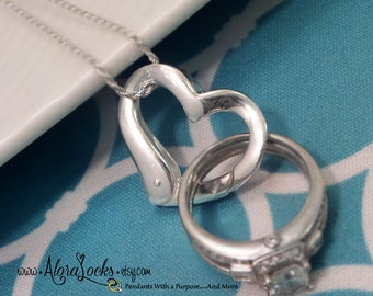 AloraLocks THE ORIGINAL Floating Heart Wedding /Engagement Ring Holder Holding Pendant