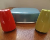 Gaydon Melmex Butter Dish, Salt & Pepper Shakers. Retro VW Campervan Tableware. Mid Century melamine collectibles. 1960's cruet set