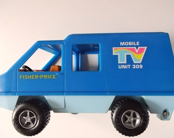 Vintage Fisher Price Mobile TV Unit Toy 1977