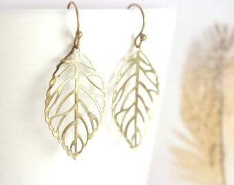 Dainty Brass Leaf Earrings, Boho Brass Earrings, Large Leaf Earrings, Brass Boho Jewelry, Dark Gold Leaf Earring, Large Boho Earrings