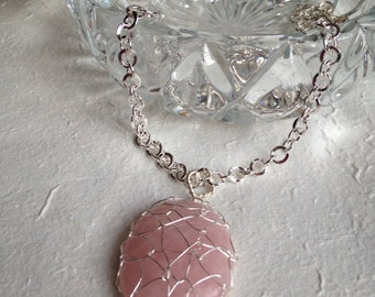 Rose Quartz Webbed Cabochon Necklace