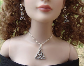 "Tonner American Model  #3 Cissy 1/3 BJD SD 20 To 24"" Doll Jewelry Set"