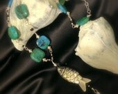 Beautiful Elegant Natural Stone Necklace with Fish Pendant