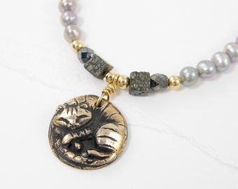 Kitten Necklace, Cat Necklace, Sleeping Cat Pendant, Gray Pearl Necklace, Gray Gold Necklace, Bronze Pendant Necklace Silver Pearl Necklace