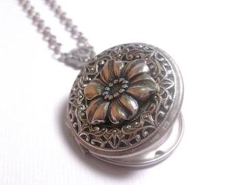 Flower Locket - Flower Necklace - Silver - Victorian - Custom Chain Length - Christmas Gift