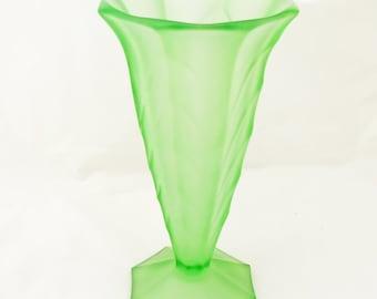 Vintage Frosted Green Glass Vase, Art Deco Vase, Davidson Glass Vase, UK Seller