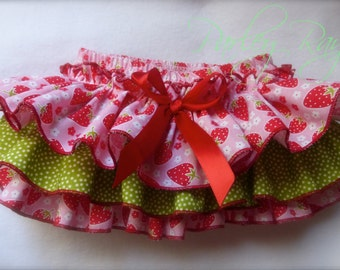 Parley Ray Strawberries Ruffled Baby Bloomers Ruffle Diaper Cover/ Strawberry