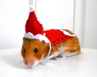 Hamster Christmas Santa Claus costume. Chinchilla / hamster / guinea pig / rabbit pet costumes by la Marmota Café.