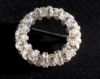 Glittering Clear Rhinestone Circle Brooch Pin Vintage