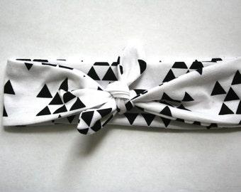 Baby Turban Headband in Black and White Trangles