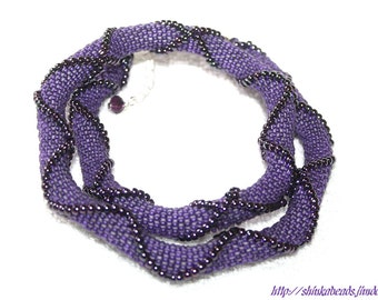 Purple seed bead crocheted necklace with relief