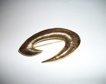 Gold-tone Abstract Swirl Brooch/Pin