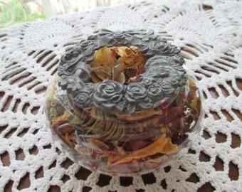 Homemade Scented Potpourri - Decorative Potpourri Bowl