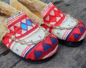 Ethnic Womens Slippers in Ivory Tribal Akha Embroidery with Plush Lining- Riley