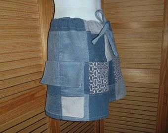 Women's Blue Patchwork Shorts Size Small med 3-5 Blue white Cargo pocket
