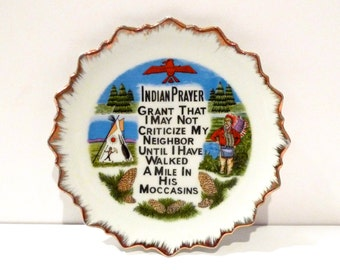 Vintage Indian Prayer Plate Souvenir Plate wall hanging Vintage USA Travel Memorabilia Thunderbird 60s 70s Made In Japan  Free US Shipping