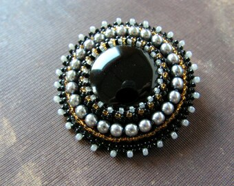 Black Grey Beadwork Brooch Bead embroidery Brooch Black Grey Brooch Cabochon Brooch Black Onyx Classic MADE TO ORDER
