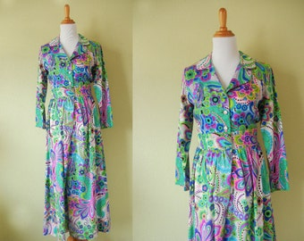 SALE! Vintage 1970's Bright Floral Dress