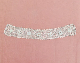 Vintage Irish crochet stand up collar, c.1900 lace collar