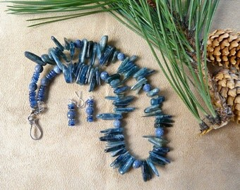 18 Inch Blue Gray Kyanite Hand Sliced Petal Bead Necklace with Earrings