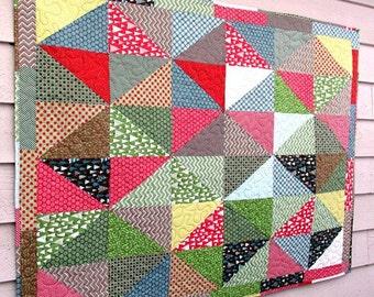 Wrap it Up Diamonds Baby Nursery Crib Blanket Lap Comforter Quilt