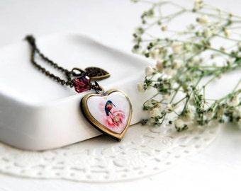 Woodland Bird Locket Necklace - Bird Necklce - Heart shape necklace