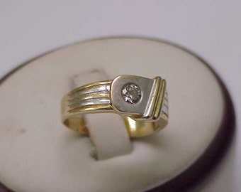 Vintage  14K 2-Tone Gold Ladies Ring: .20ct Diamond ,ART DECO,1950s