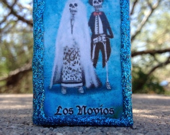 Loteria Day of the Dead Matchbox, Los Novios (Newlyweds)