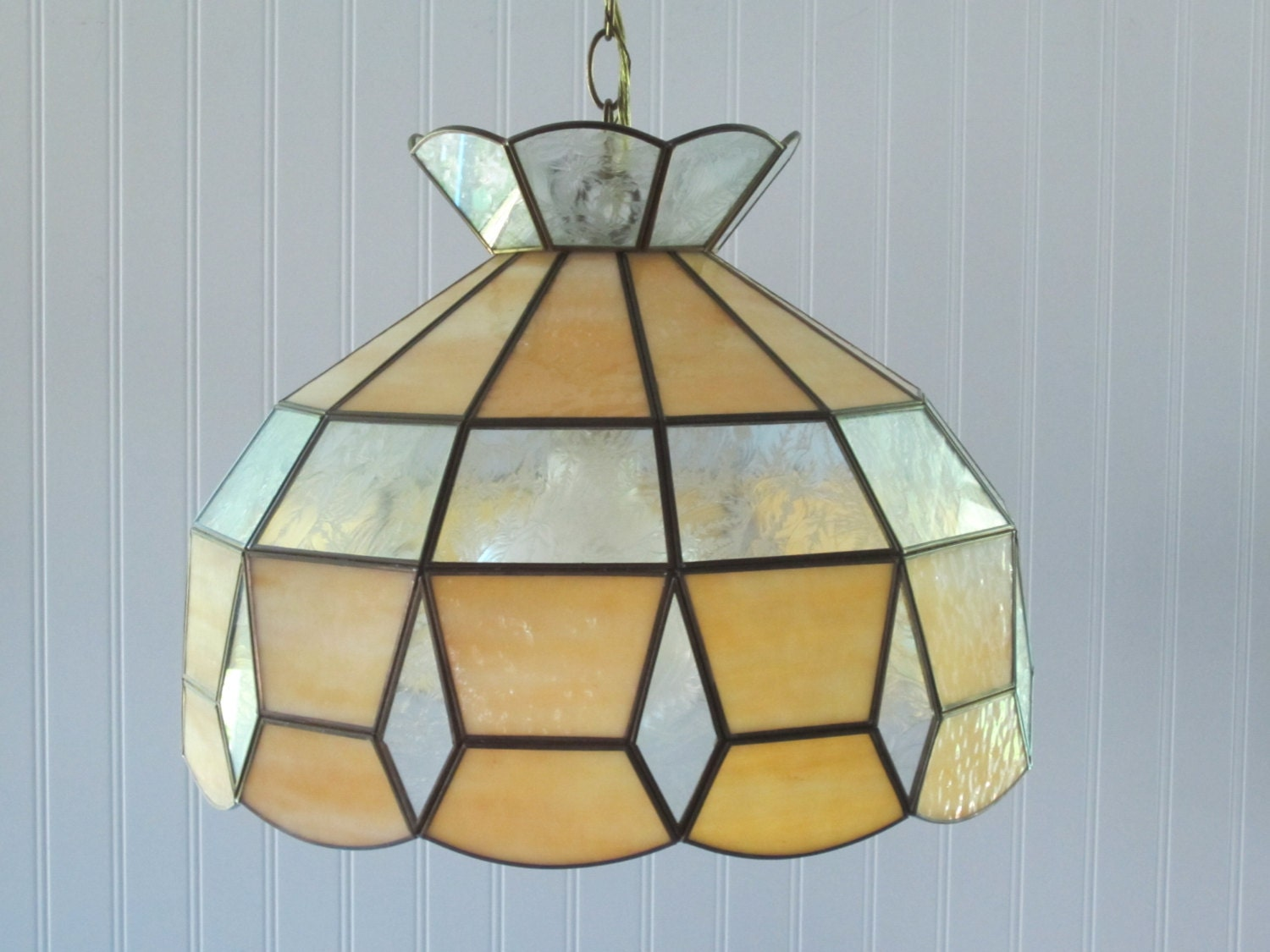 Vintage Tiffany Style Glass Hanging Light Fixture