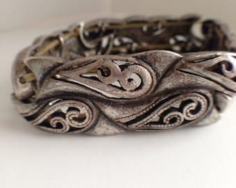 Vintage Stretchable Metal Bracelet