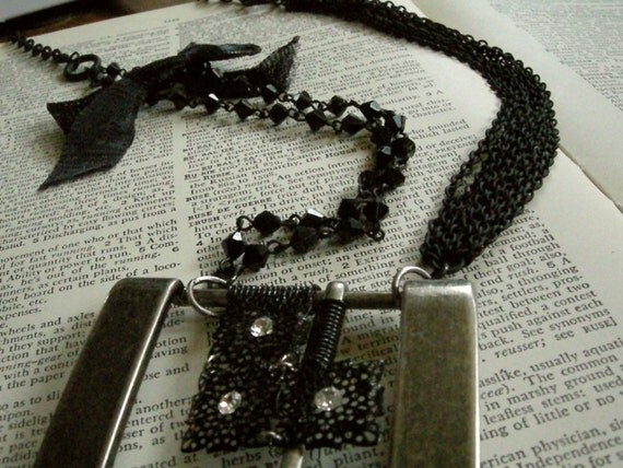 Black & Silver Wire Wrapped Belt Buckle Bow Necklace with Faceted Black Beads